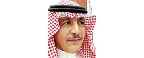 هكذا يجعلون الطبيب السعودي عاطلا!!