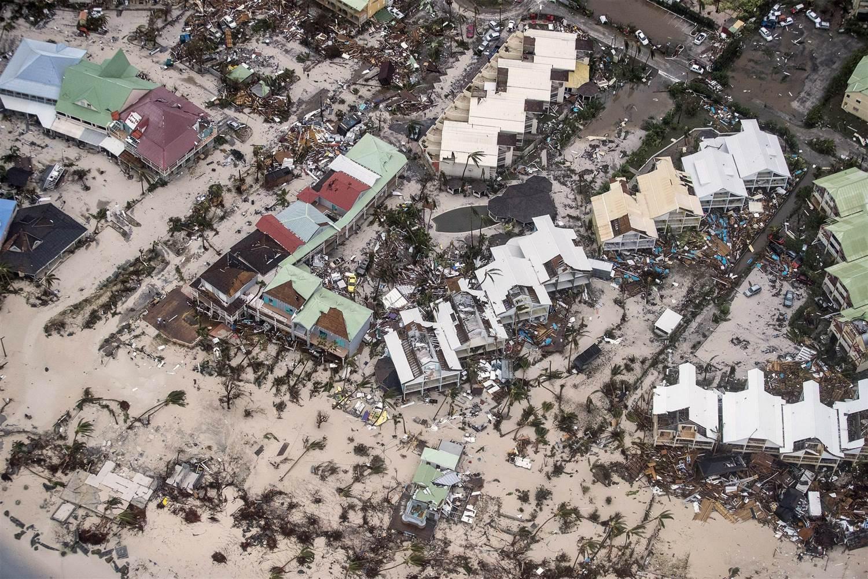 تكاتف المبتعثون في إعصار إرما