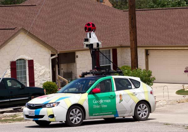 الاســـم:Google-Earth-Car.jpg المشاهدات: 722 الحجـــم:46.5 كيلوبايت
