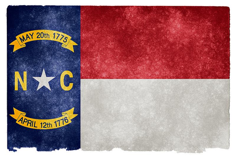 ���� ��� ������ ���� ����  ��������:NC-Flag-oldstyle-grunge.jpg ���������:267 ��������:334.1 �������� �����:28507